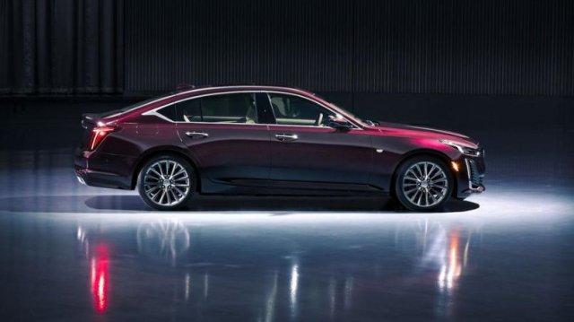 Cadillac CT5 sedan