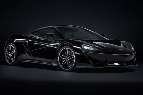 McLaren 570GT Black Collection