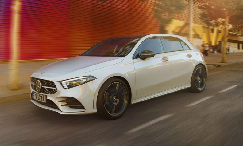 e8dea68675 The German company Mercedes-Benz has finished third consecutive year as the  world s largest premium car manufacturer
