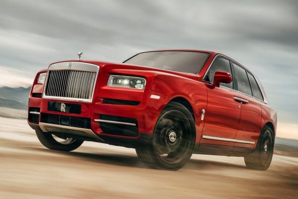 Rolls-Royce Cullinan becomes hybrid